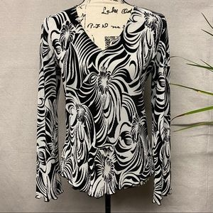 WHBM Gorgeous Pull On Blouse - M